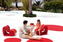 Outdoor Carpets / Made in Valencia with the use of advanced technology and ecological materials, these functional rugs bring a finishing touch to your outdoor environment.