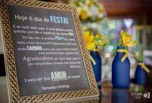 casamento azul marinho e amarelo