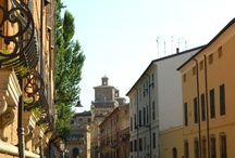 Ferrara / A Vezúvtól az Amalfi partokig /körutazás/