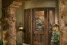 Log homes/cabins / by Lorraine Hanks