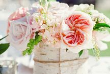Floral Frenzy Wedding Flowers / Do you need wedding flower inspiration? We have some of the best wedding flowers we have seen on and off the internet. Whatever your dream wedding flowers are, there should be something to float your boat in here!