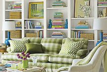 BOOKSHELVES TO ADMIRE / From deciding the style and color to which books and keepsakes should take center stage, bookshelves can be a daunting task.  Here are some great ideas to inspire.