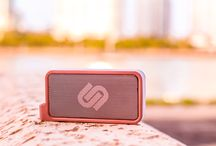 MELBOURNE / Melbourne speaker is the perfect pocket sized music experience. With Melbourne, with its playtime of 6 hours, you can enjoy the best beats anywhere! The small speaker delivers kick-ass sound thanks to the DSP technology, it gives you the crispheights, clear sound and boosting bass. It is ideal for outdoor activities as it is resistant to splashes (IPX 4).