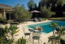 Margelles | Piscine | DMD Europe / Projets réalisation en margelles de piscine en Pierre Reconstituées, Pierres Naturelles, Carrelages ou Marbre Vielli.