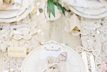 Entertaining and place settings / Beautiful tablescapes and place setting ideas