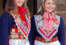 Fargerike Folkedrakter - Folk costumes / Folkedrakter fra hele verden