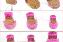 crochet baby bootees