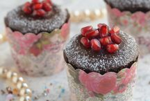 Food: Desserts / by Caroline B