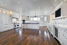 Hardwoods ceiling