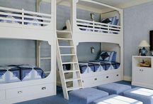 love those built-in bunk beds! / by Laura T.