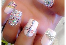 FASHION NAILS / by Izabella Hernandez