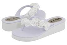 Wedding Shoes / by Casey Churchley