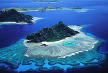 CROISIÈRE EN YACHT SUR LES ILES GALAPAGOS / Embarquez à bord d'un yacht pour découvrir les plus beaux paysages des Iles Galapagos. Vous aurez toute l'occasion de voir la diversité de la faune et flore de ces superbes îles.