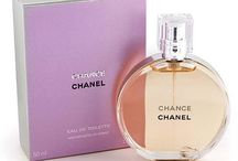 """Fragrantica /  """"A woman who doesn't wear perfume has no future.""""Coco Chanel   """" A  woman's perfume tells more about her than her handwriting.""""Christian Dior"""