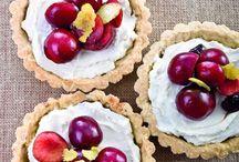 Ciliegie sorprendenti / Buone, sane e nutrienti, le ciliegie portano l'allegria in tavola. Tante piccole curiosità per imparare a utilizzarle al meglio