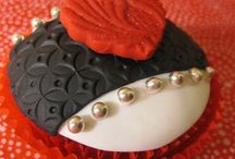 Cupcakes / by Barbara Pierce Johnson