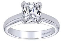 Solitaire Engagement Rings / Our favorite simple bands let the diamond take center stage. Check out all of our solitaire rings at || http://europeanj.com/shop/product-category/engagement-rings/classic-collection/ ||