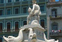 Arquitectura en La Habana: Monumentos y Edificios / by Paseos por La Habana