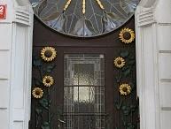 Doors & Iron