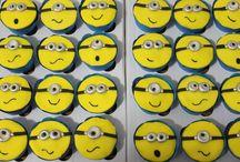 Minnions / Doces e bolos decorados