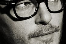 all things Reedus / by Punky Junkster