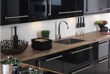 Gloss black kitchens