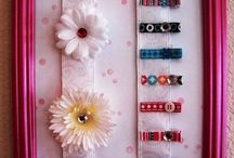 Hairclips and bows / by Betty Monroy Jamieson