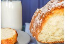Hier ein Brot da ein Brot