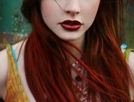 {colorful hair} / by Emilie Coutinho