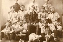 Who's on first? / Photographs of baseball teams in Delaware from the collections at the Delaware Public Archives.