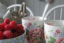 Cath Kidston and Katie Alice Love/Shabby Chic / Kitchen and home decor/style Romantic Living