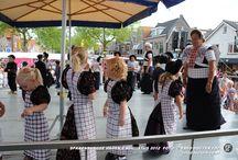 Spakenburgse dagen / Spakenburgse Dagen - Evenement #braderie #klederdracht #folklore #dansoptredens Ieder jaar de laatste 2 woensdagen van juli en de eerste 2 woensdagen van augustus.