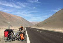 ruta5enbici Osvaldo Navia / Osvaldo ya esta en Arica, en pleno desierto Chileno de Atacama. Tiene por delante 4300 Km de calor y frío hasta llegar al Sur de Chile por la mítica Ruta 5 #ruta5enbici   Desde #focosonline hemos contribuido con nuestro granito de arena equipando su bici y casco con dos focos, Ferei B5 y B3 de gran autonomía y robustez.