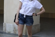 CollegeFashionista: My White Shirt Never Lets Me Down