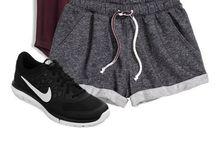 ubrania sportowe