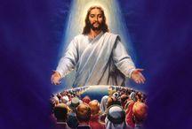 Dumnezeu este lumina şi iubirea infinită