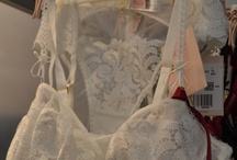 White/offwhite lingerie