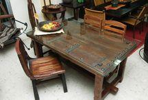 Puertas Antiguas ¡Conviértelas en mesas! / Una tendencia muy actual, reciclaje con muebles antiguos. Las mesas fabricadas con puertas antiguas son una fantástica idea que quedan genial!