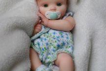 miniatyyri vauvoja
