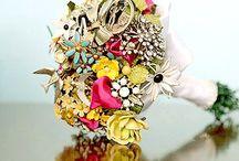 Wedding {Bouquets} *Bouquet Wedding Ideas / Bernadette Pollard @ Dette Snaps *Minnesota Wedding Photographer {facebook.com/DetteSnaps}
