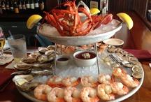 Les 10 plus belles assiettes de fruit de mer / La Délicieuse Découverte de la semaine est au restaurant Napa Grill du Bonne Entente, il s'agit de l'assiette de fruit de mer, mais voyez ce qui est proposé de par le monde!