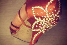 Salsa shoes glitter decoration