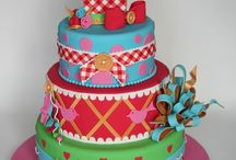 Fun cakes / by Jessica Berglin
