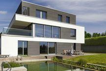 Bauhaus-Architektur / Form follows function! Willkommen mitten im perfekten Rückzugsort für Designaffine, Denker und Macher.