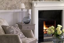 Home Staging: Conservative Interiors / Inspiration for home staging a more traditional home.