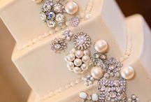 Brooch Wedding Cake