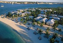 Things To Do In The Keys / Pack your bag but don't forget your flip flops and join us in the Keys!