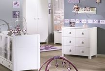 Baby bedrooms / Shanael has selected the best baby beds which offer you a good quality, a large choice of colours from trendy to traditional designs.