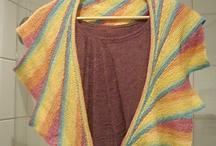 OOOOh shiny! Things I want to knit.