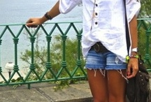 SHORTS ANS BOOTS! Dig it!
